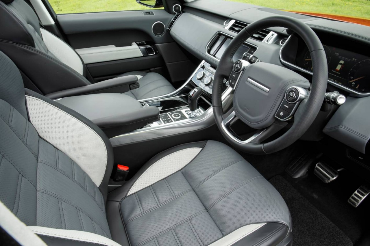 2014 range rover sport on sale in australia from 102 800. Black Bedroom Furniture Sets. Home Design Ideas