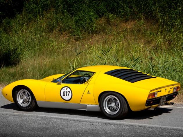 Lamborghini Miura SV owned by Rod Stewart-yellow