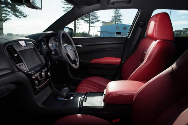 2013 Chrysler 300S interior