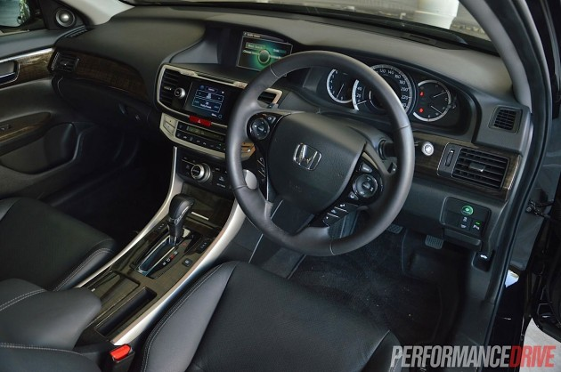 2013 Honda Accord V6L interior