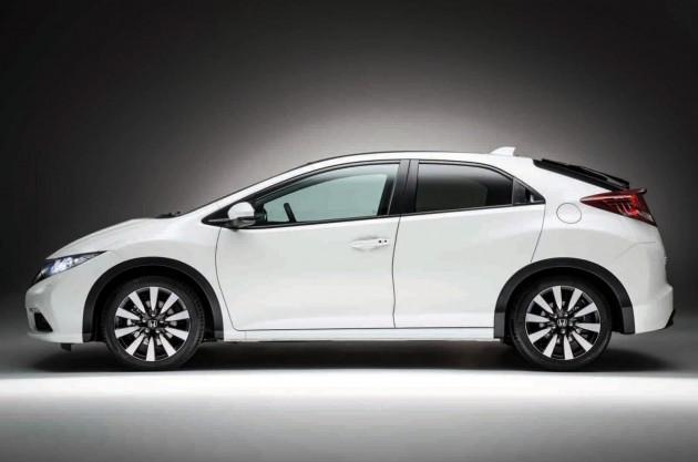 2014 Honda Civic hatch Euro-spec side