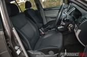 2014 Mitsubishi Challenger front seats