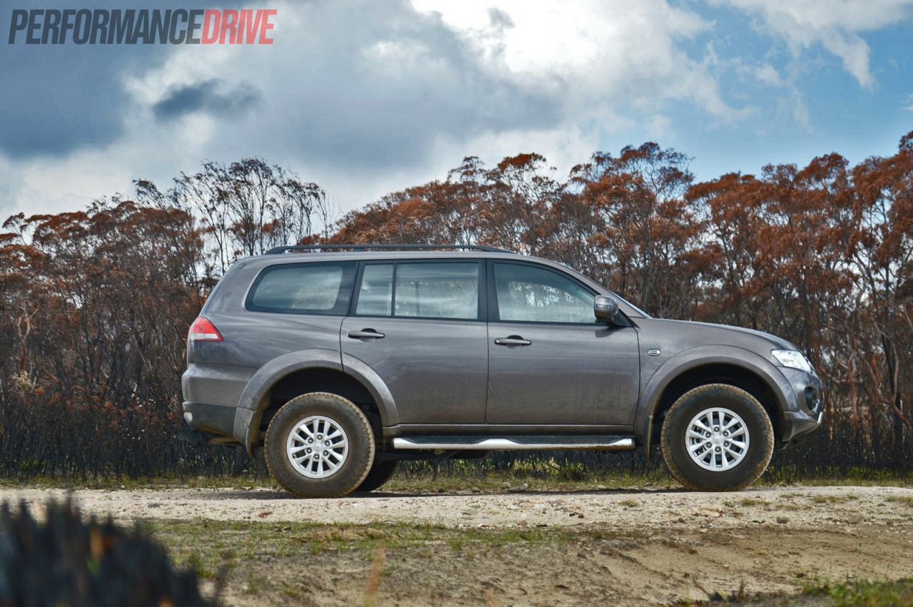 Mitsubishi Challenger Review - Photos | CarAdvice