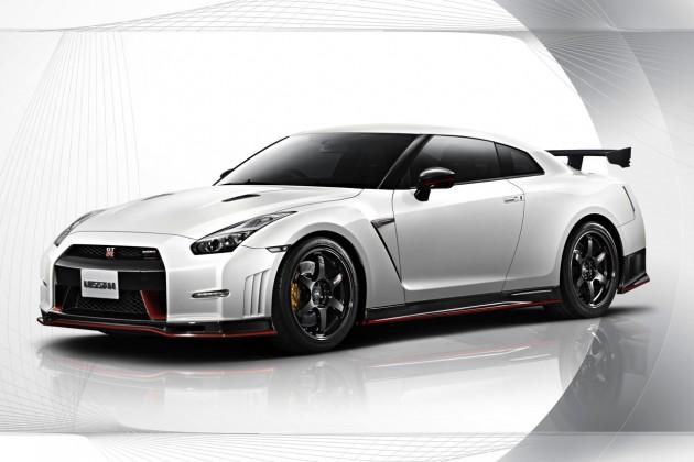 2014 Nissan GT-R Nismo-white