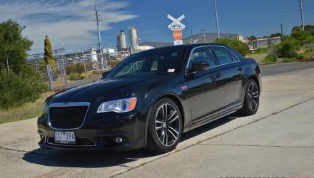 Chrysler 300 SRT8 Core Phantom Black