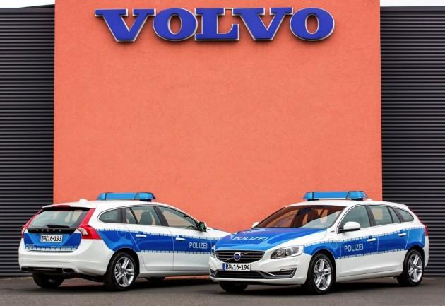 Volvo V60 plug-in hybrid German police