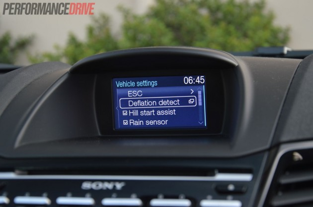 2013 Ford Fiesta ST tyre pressure monitor
