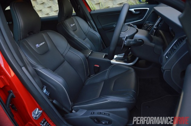 2014 Volvo XC60 T6 R-Design front seats