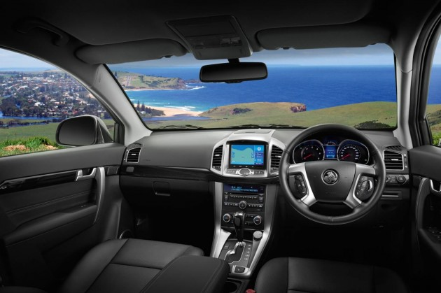 2014 Holden Captiva interior