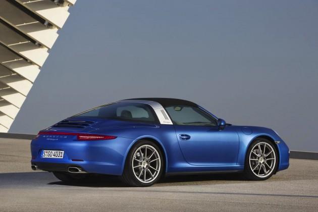 2014 Porsche 911 Targa-blue