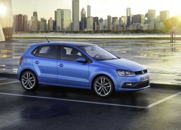 2014 Volkswagen Polo-blue