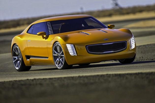 Kia GT4 concept-cornering