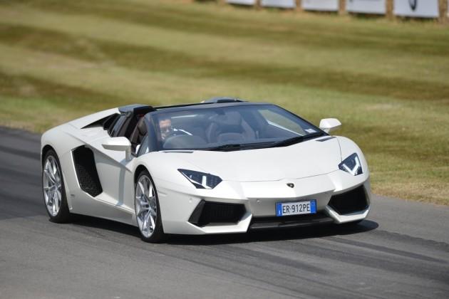 Lamborghini-Aventador-Roadster
