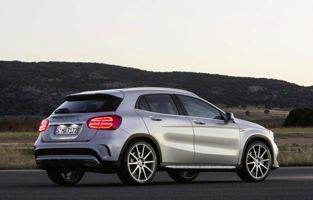 Mercedes-Benz GLA 45 AMG-rear