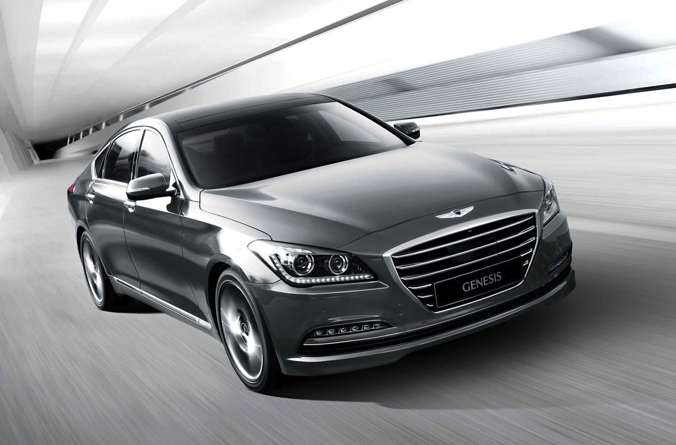 hyundai review genesis reviews autoweek sedan interior article car notes