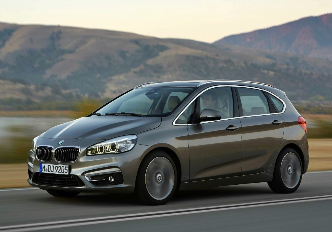 BMW 2 Series Active Tourer revealed, first ever FWD BMW