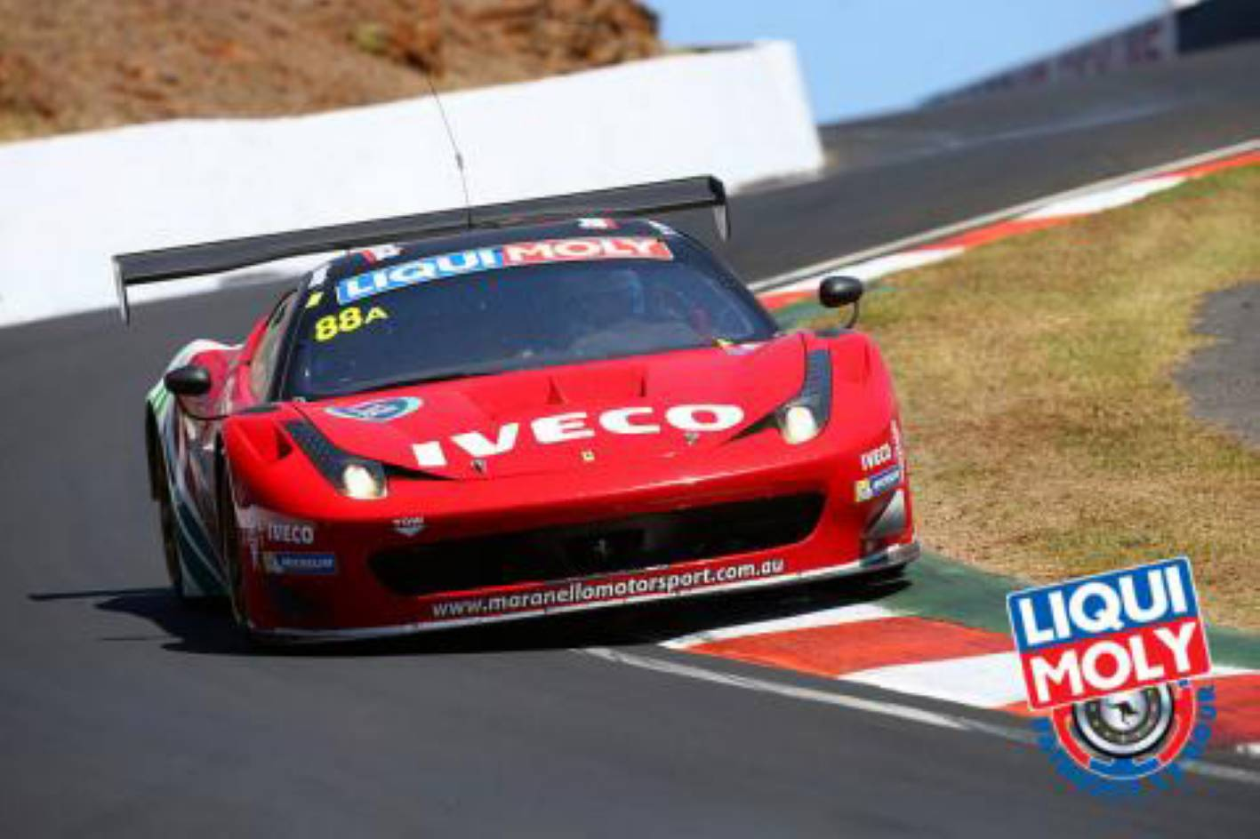 Ferrari 458 GT3 wins 2014 Bathurst 12-hour