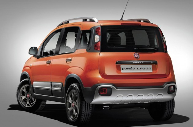 Fiat Pando Cross-rear