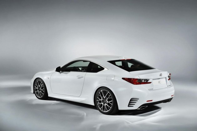 Lexus RC 350 F Sport-rear