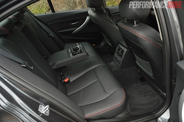 2014 BMW 328i Sport Line-rear seats