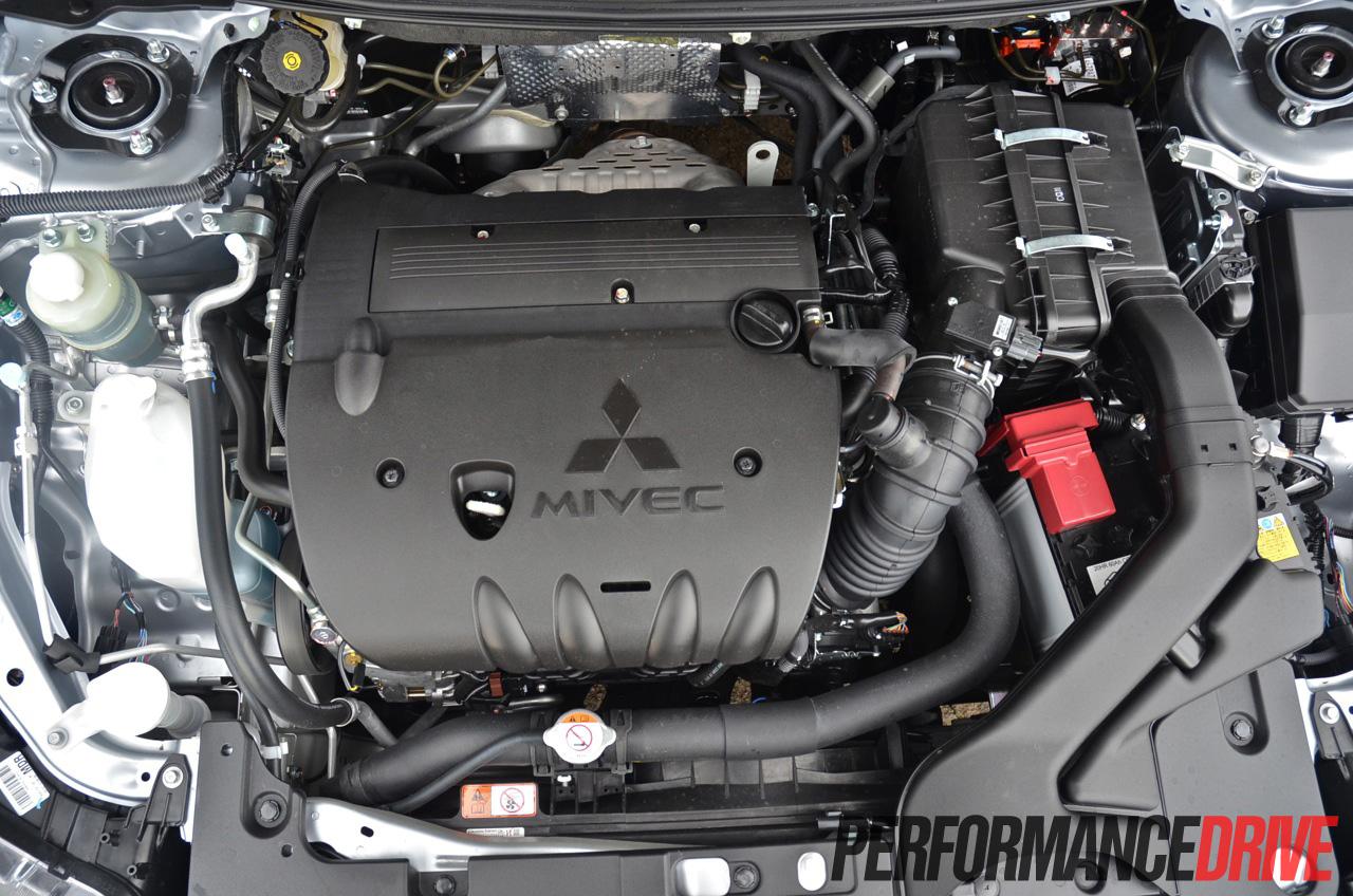 Mitsubishi 2004 mitsubishi lancer engine : 2014 Mitsubishi Lancer Sportback VRX MIVEC engine  