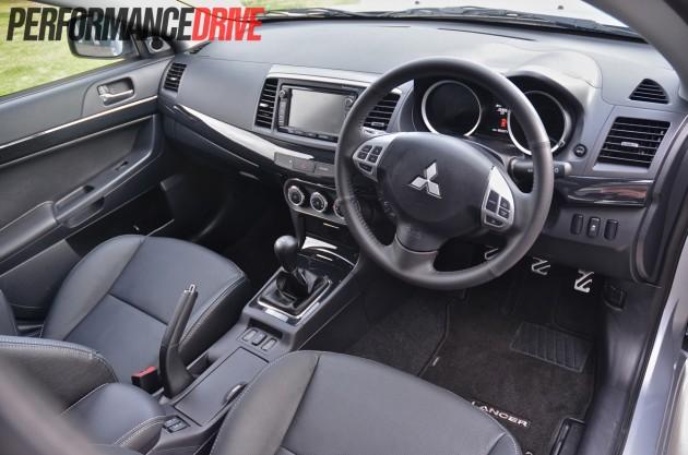 2014 Mitsubishi Lancer Sportback VRX front interior