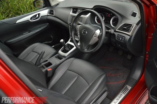 2014 Nissan Pulsar SSS interior