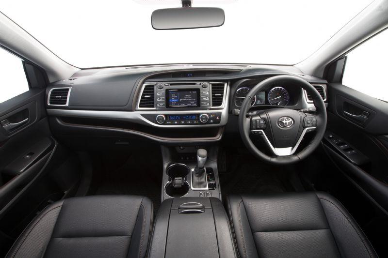2014 Toyota Kluger Gxl Interior