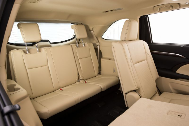 2014 Toyota Kluger Grande Third Row Seats