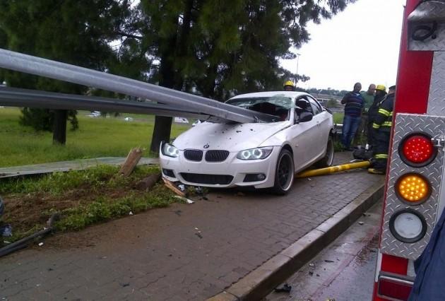 BMW 335i crash guard rail-4