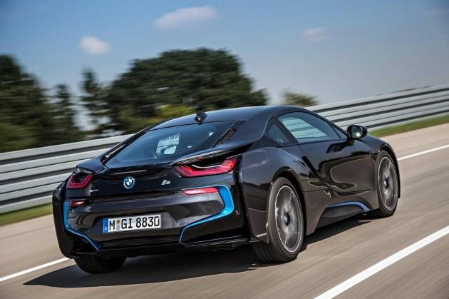 BMW i8-rear