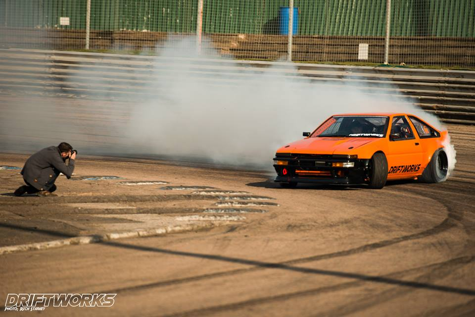 Toyota Ae86 Drift Awesome Driftworks Toy...