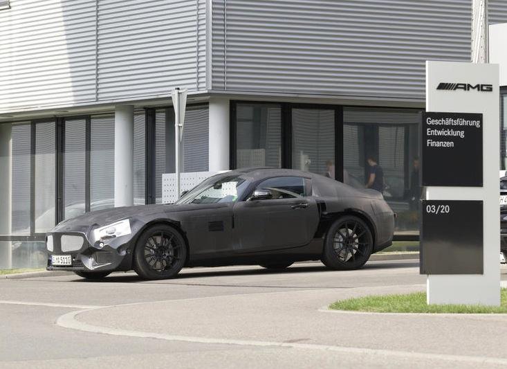 Mercedes-Benz 'GT' gets 4.0L turbo V8, RWD