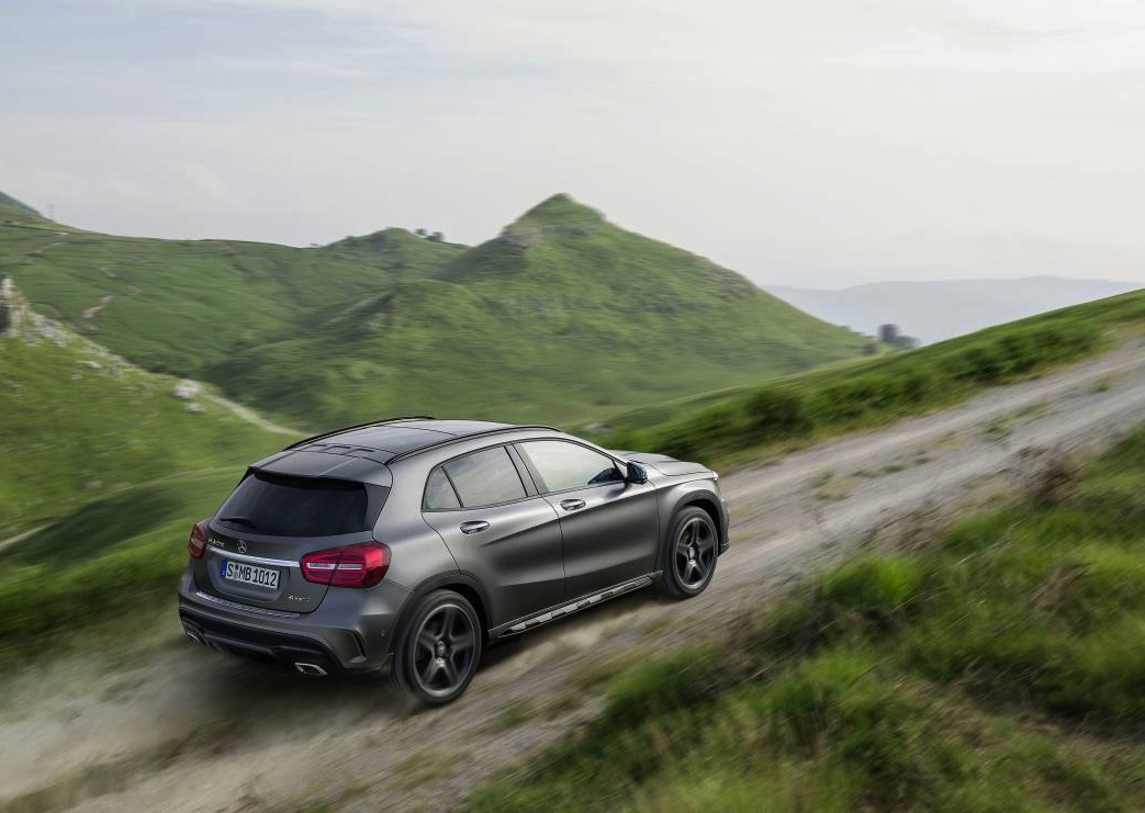 mercedes benz gla class on sale in australia from 47 900 performancedrive. Black Bedroom Furniture Sets. Home Design Ideas