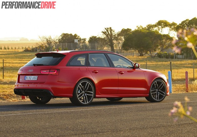 2014 Audi RS 6 Avant-red