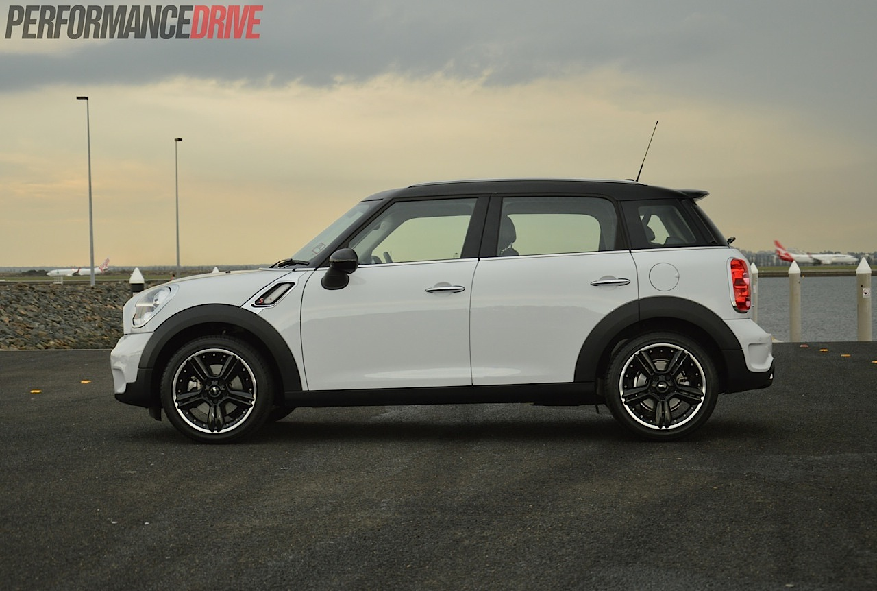 2014 mini countryman cooper s australia. Black Bedroom Furniture Sets. Home Design Ideas