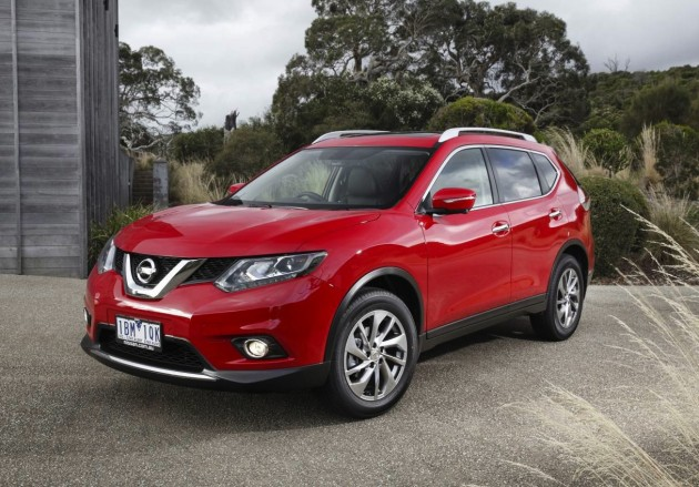 2014 Nissan X-Trail-red