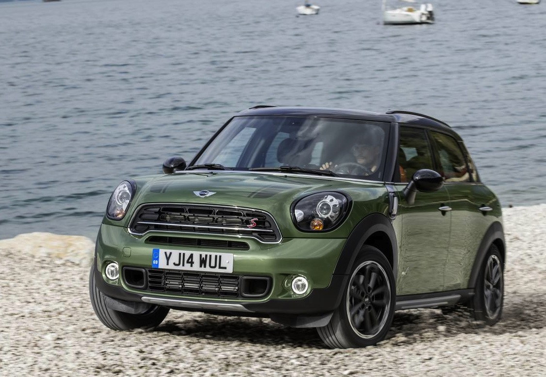 2015 mini countryman revealed cooper s more powerful performancedrive. Black Bedroom Furniture Sets. Home Design Ideas