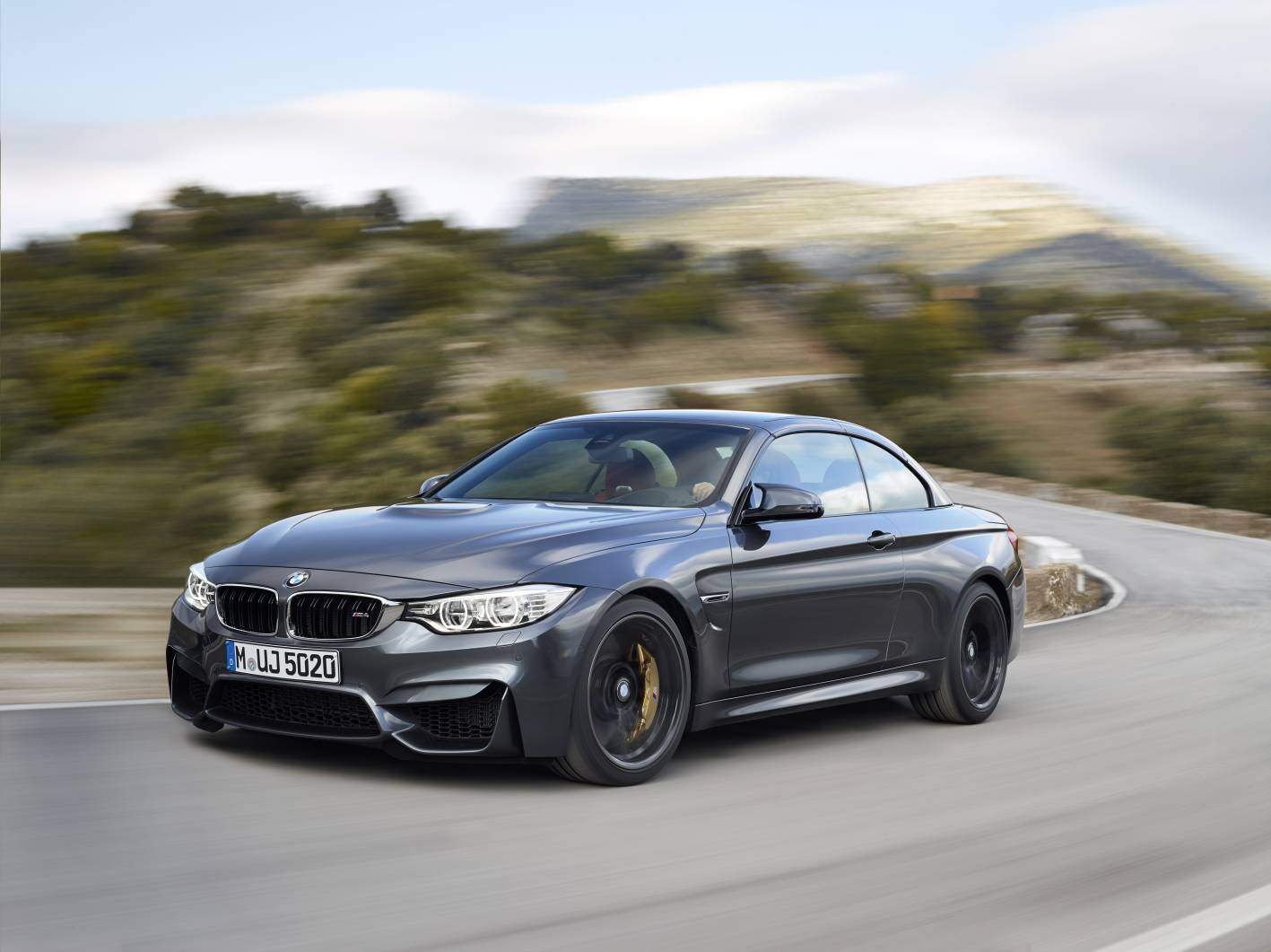 Bmw M4 Convertible Hardtop Closed
