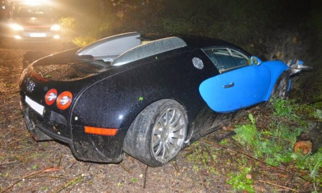 Bugatti Veyron crash in Austria-rear
