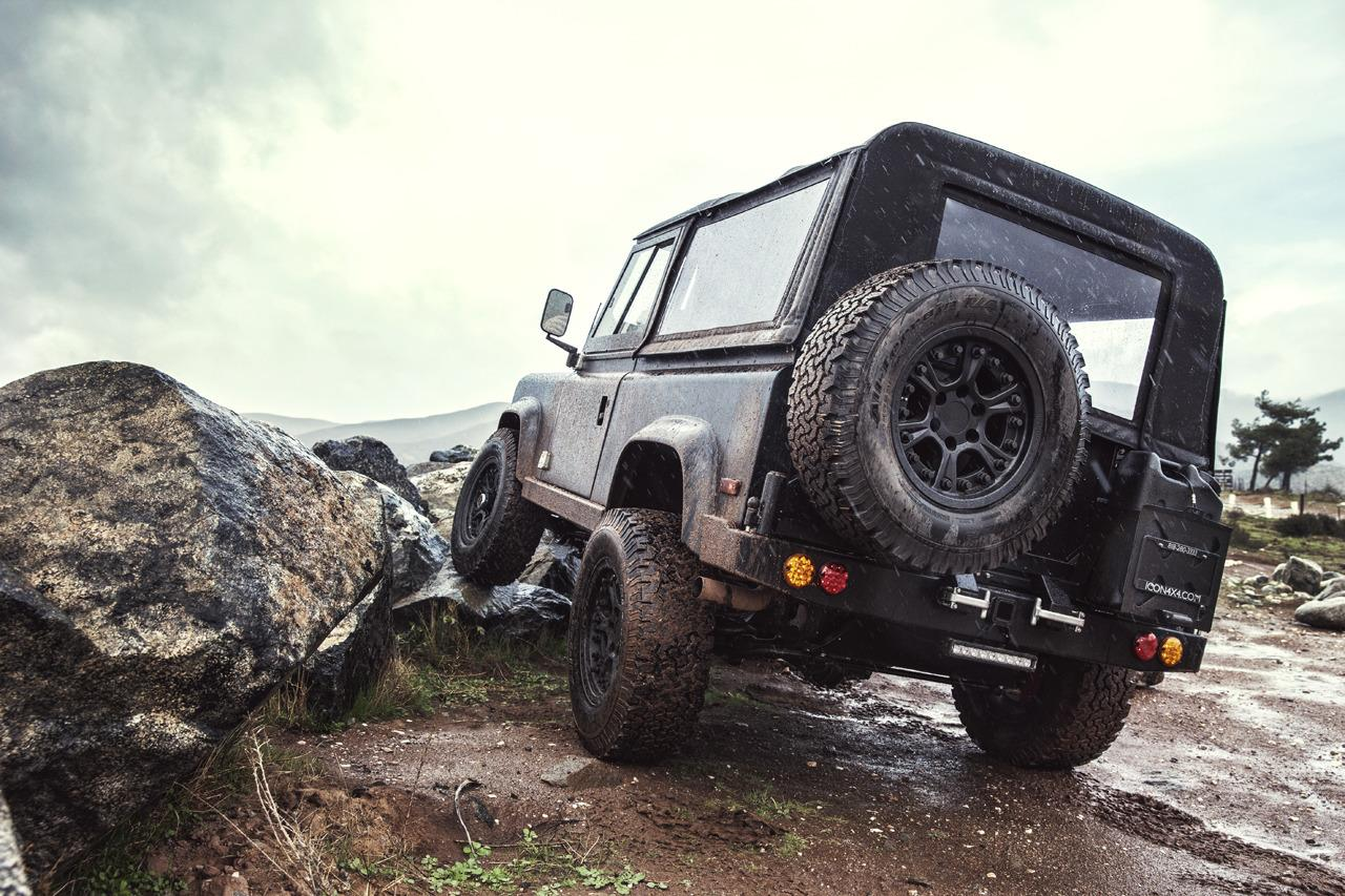 Icon Land Rover Defender 90 With 6 2 Chev V8