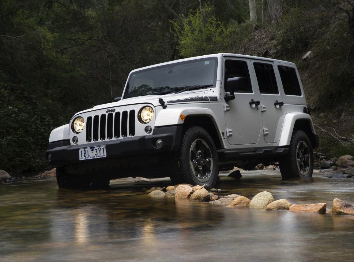 jeep wrangler polar edition on sale from 45 500 performancedrive. Black Bedroom Furniture Sets. Home Design Ideas