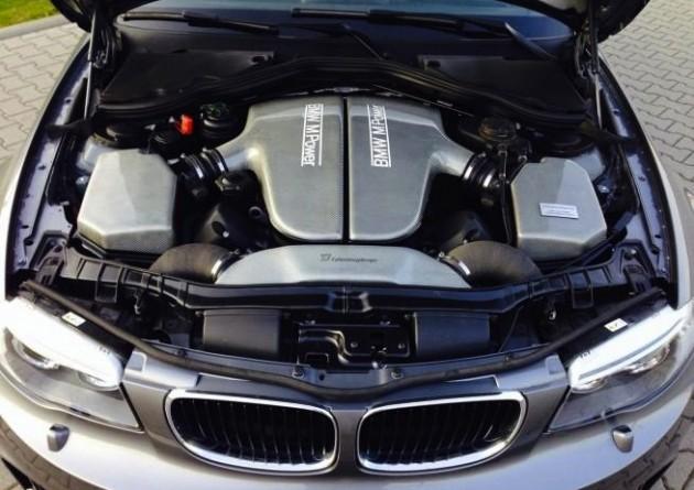 TJ Fahrzeugdesign BMW 1M CSL-V10 engine