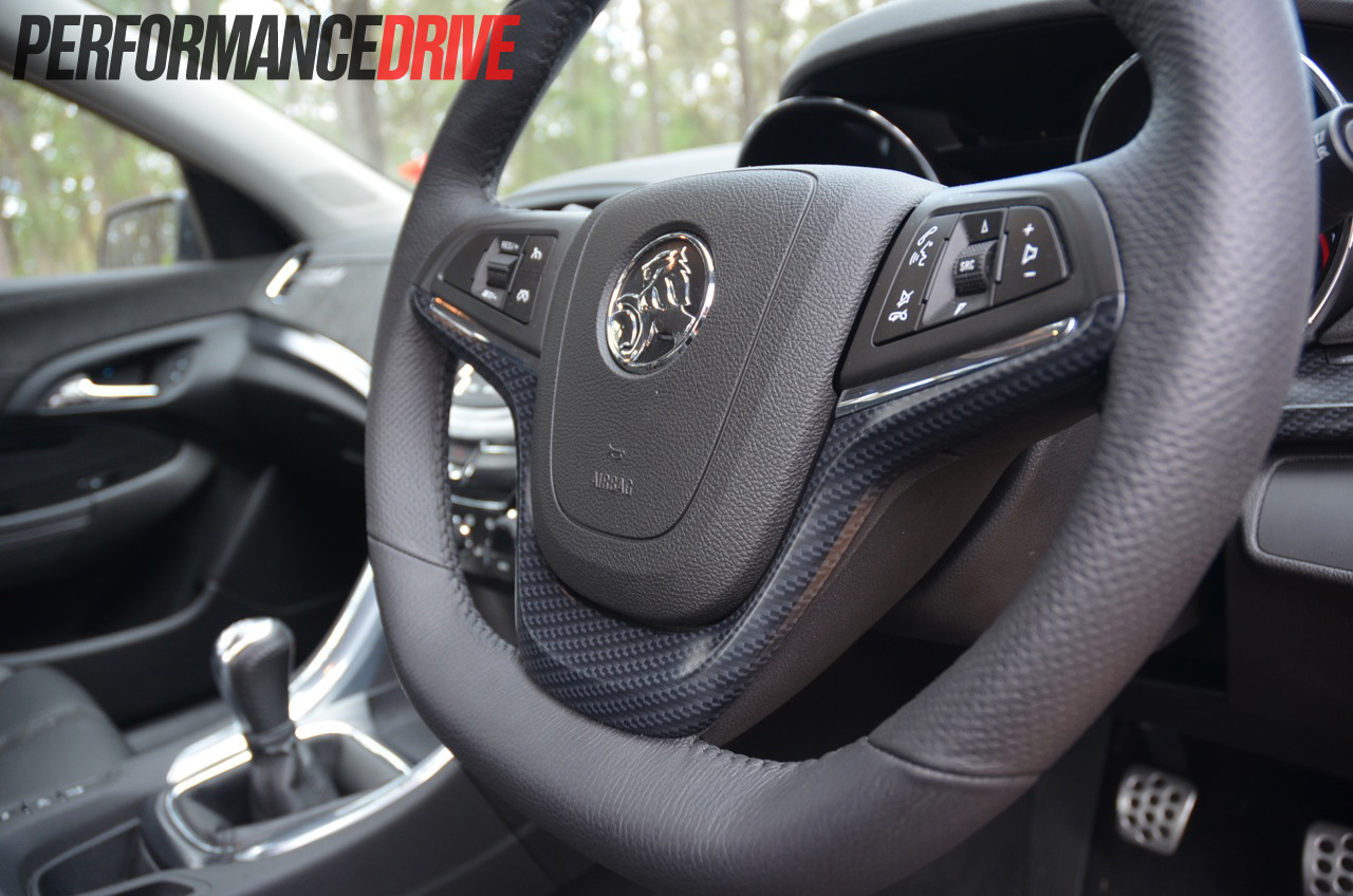 Holden vf commodore ss v vs ss v redline comparison video 2014 holden vf commodore ss v steering wheel vanachro Images