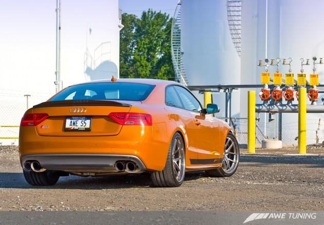 AWE Audi S5-back