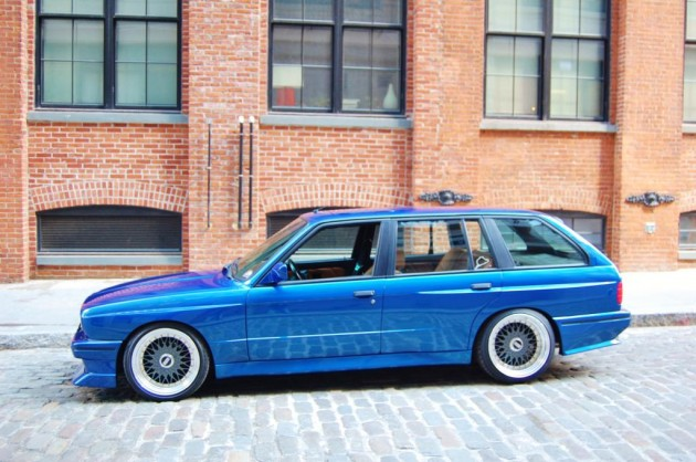 E30 BMW M3 touring-side