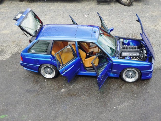 E30 BMW M3 wagon-side