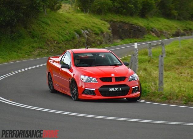 2014 HSV Gen-F Maloo R8-cornering