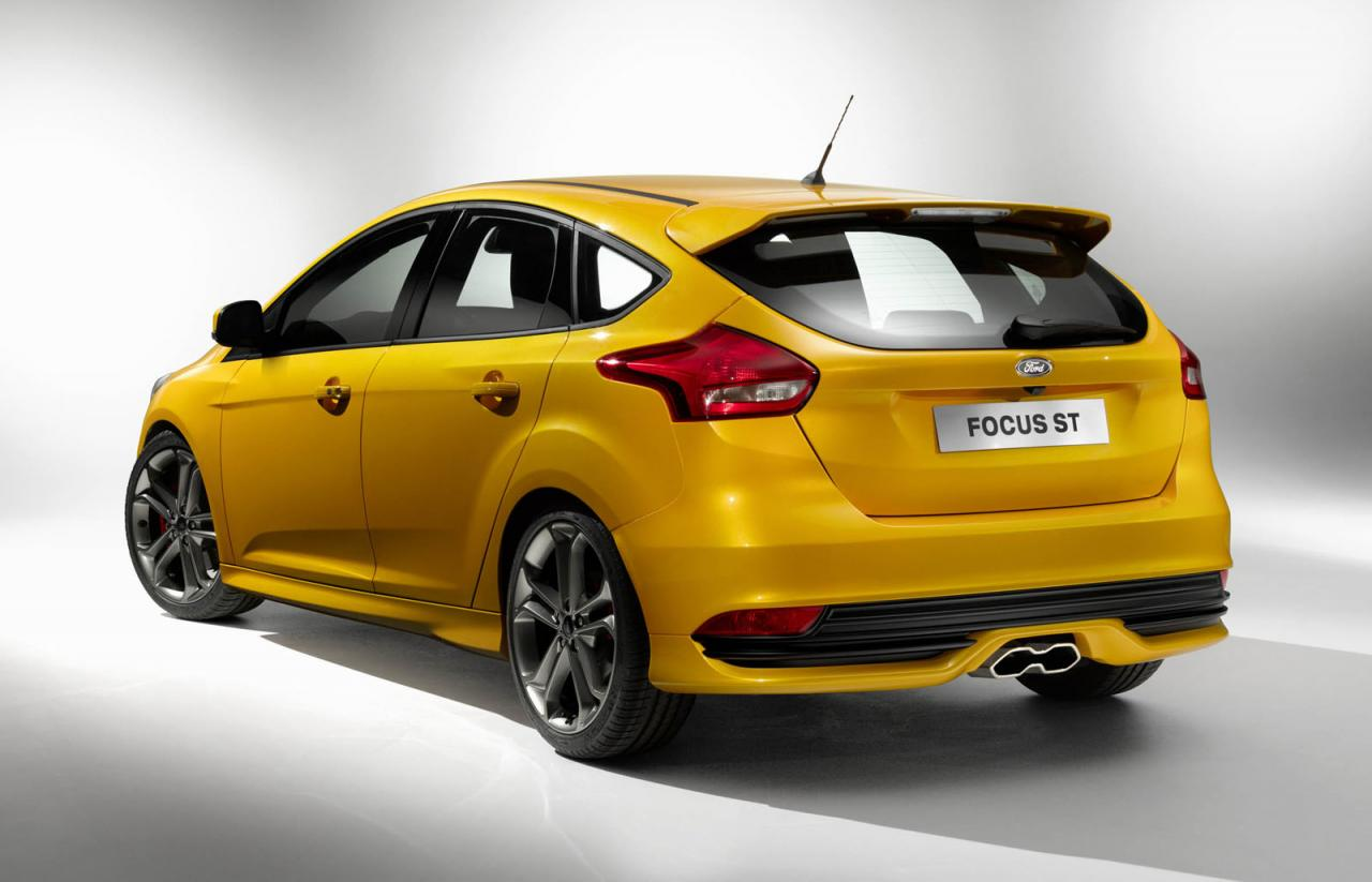 2015 ford focus st 2015 ford focus st yellow. Black Bedroom Furniture Sets. Home Design Ideas