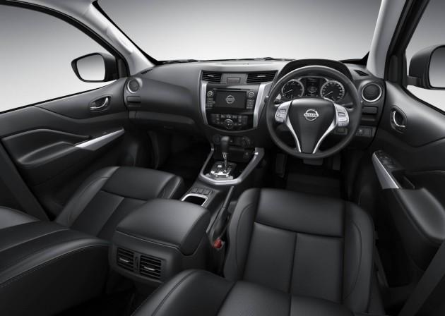 2015 Nissan Navara-interior